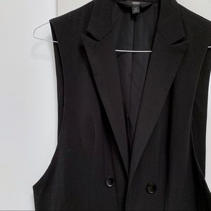MOSSIMO sleeveless double breasted blazer